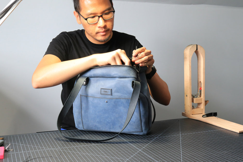Final stitching for a custom bag