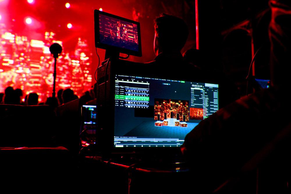 fray-studio-video-design-video-live-music-adam-young-years-&-years-palo-santo-12.jpg