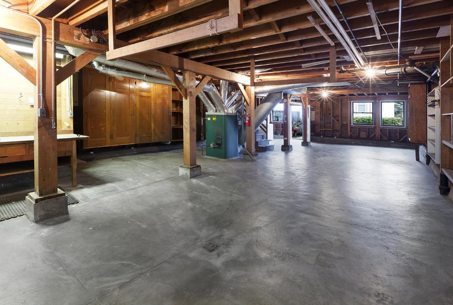 13_2487_35thAve Garage