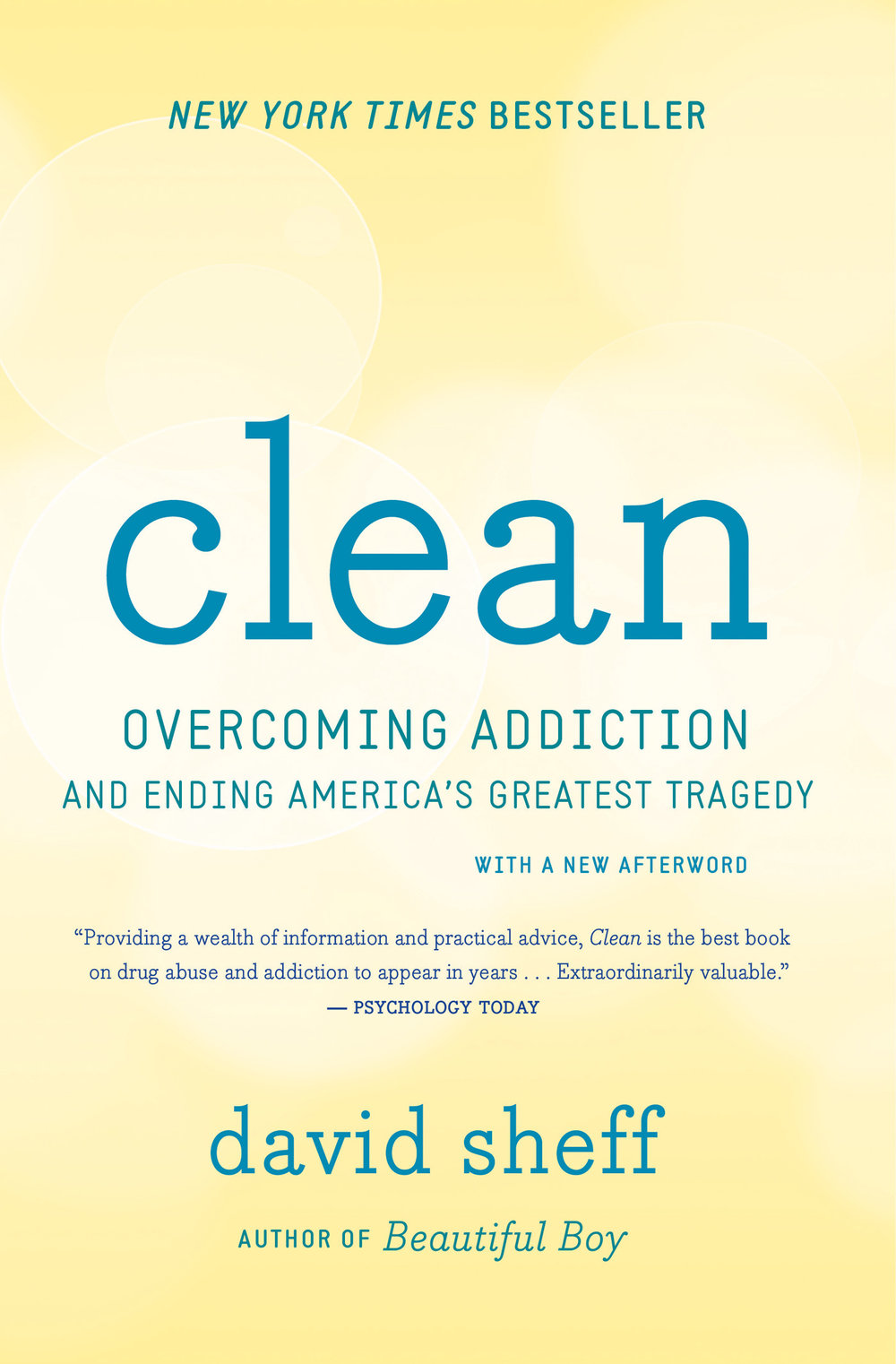 clean - OVERCOMING ADDICTION AND ENDING AMERICA'S GREATEST TRAGEDYAddiction is a preventable, treatable disease, not a moral failing. As with other illnesses, the approaches most likely to work are based on science — not on faith, tradition, contrition, or wishful thinking. These facts are the foundation of Clean, a myth-shattering look at drug abuse by the author of Beautiful Boy. Based on the latest research in psychology, neuroscience, and medicine, Clean is a leap beyond the traditional approaches to prevention and treatment of addiction and the mental illnesses that usually accompany it. The existing treatment system, including Twelve Step programs and rehabs, has helped some, but it has failed to help many more, and David Sheff explains why. He spent time with scores of scientists, doctors, counselors, and addicts and their families to learn how addiction works and what can effectively treat it. Clean offers clear, cogent counsel for parents and others who want to prevent drug problems and for addicts and their loved ones no matter what stage of the illness they're in. But it is also a book for all of us — a powerful rethinking of the greatest public health challenge of our time.