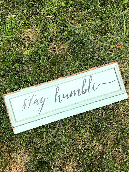 Stay Humble Plank - I LOVE this Joanna Gaines' style hand lettering by Lynn Michelle DESIGN and of course the color which is my favorite antique green. I'm planning to put this on my gallery wall in my bedroom (the second thing on the wall so far!)