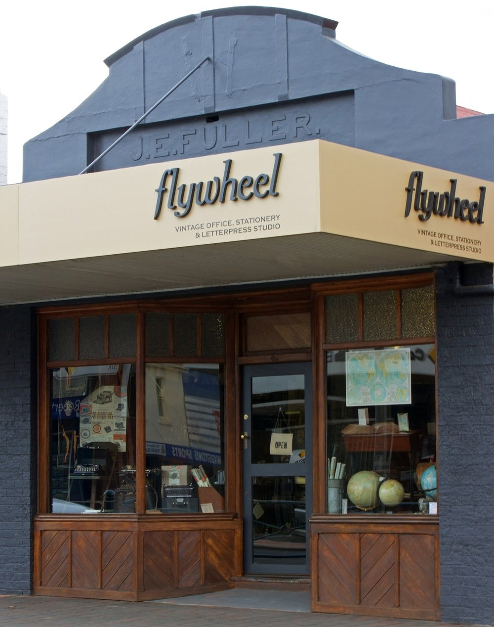 Flywheel - An adorable printing and 'old school' stationery shop. For lovers of paper, posters, pens and printing. Flywheel is a little gem full of extraordinary finds!