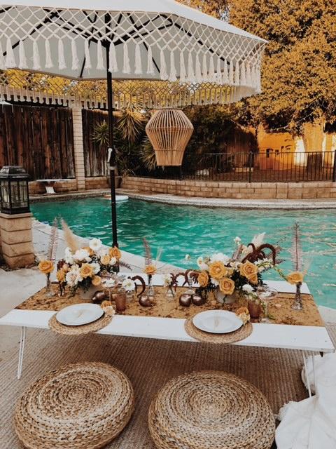Poolside Table Decor -