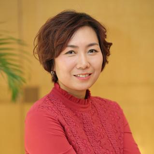 Emma Feng Photo for website usage.jpg