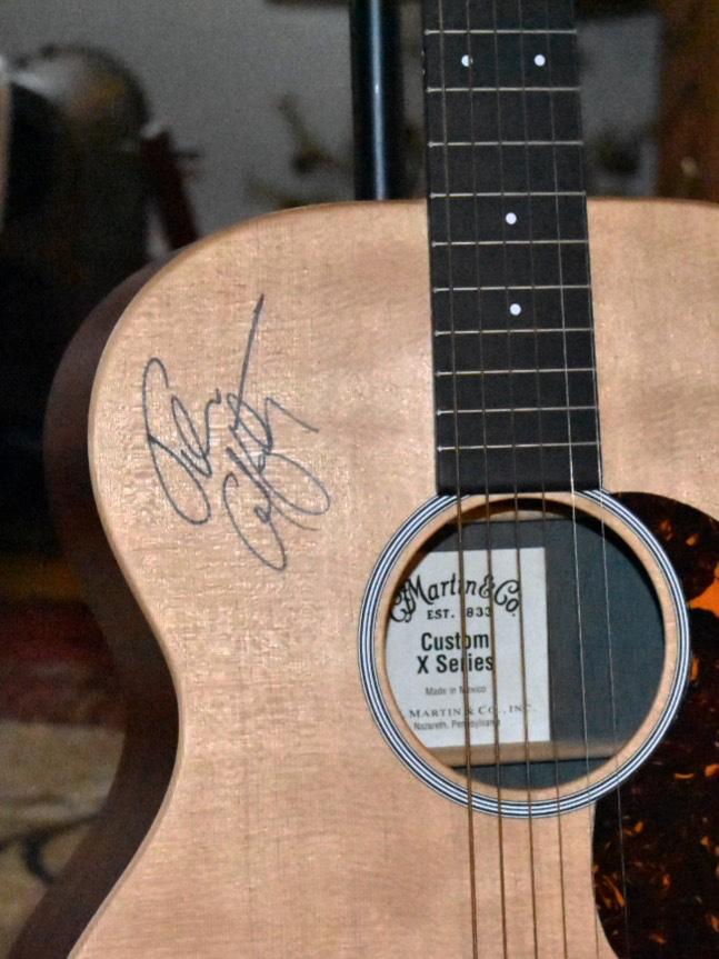 Guitar autograph.jpg
