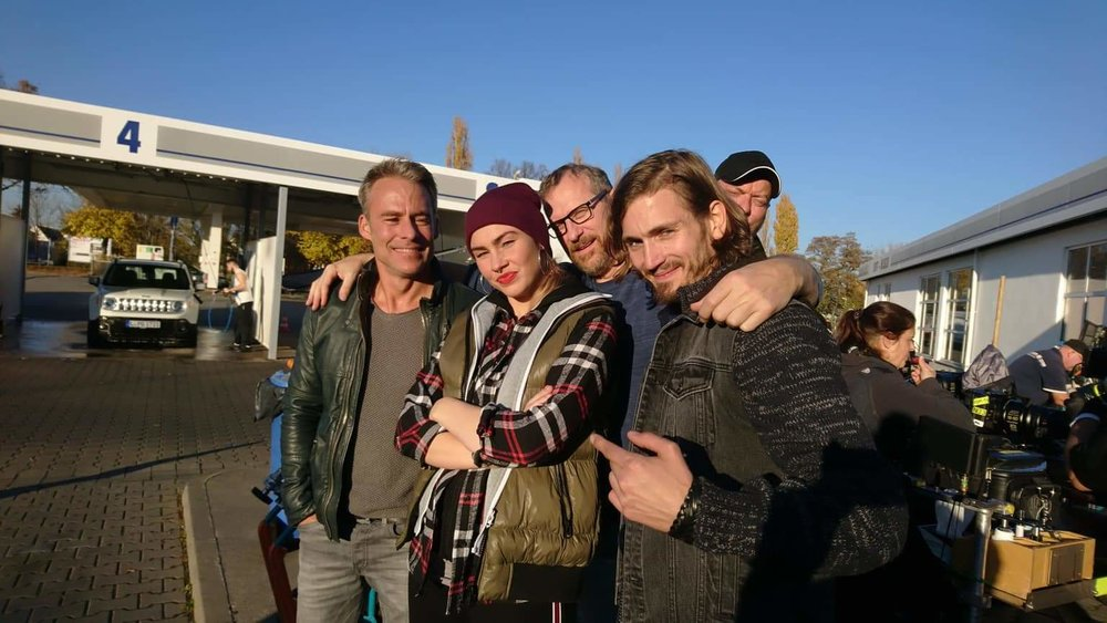 v.l.n.r.  Marco Girnth ,  Maria Radomski , Regisseur  Herwig Fischer , ich ;-) und DOP  Roman Nowocien