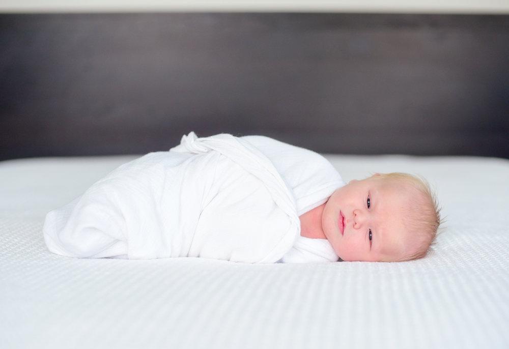 chicago-newborn-photographer_034.jpg