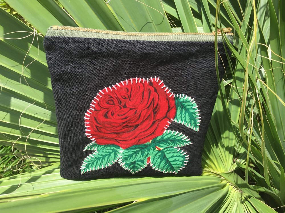 ROSE APPLIQUÉ POUCH (sold out)