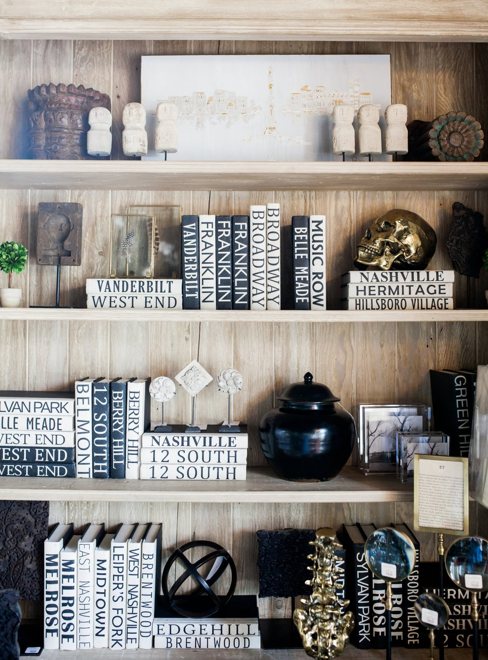 Vignette Boutique Nashville books.jpg