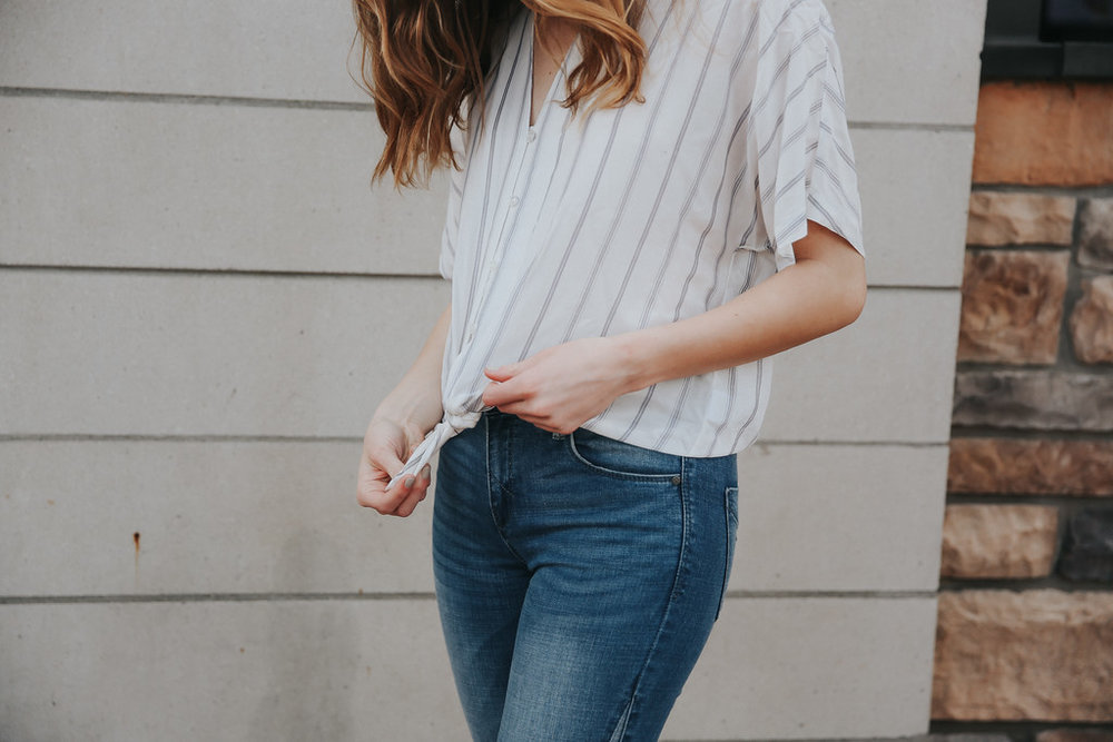 simple top and jeans.jpg