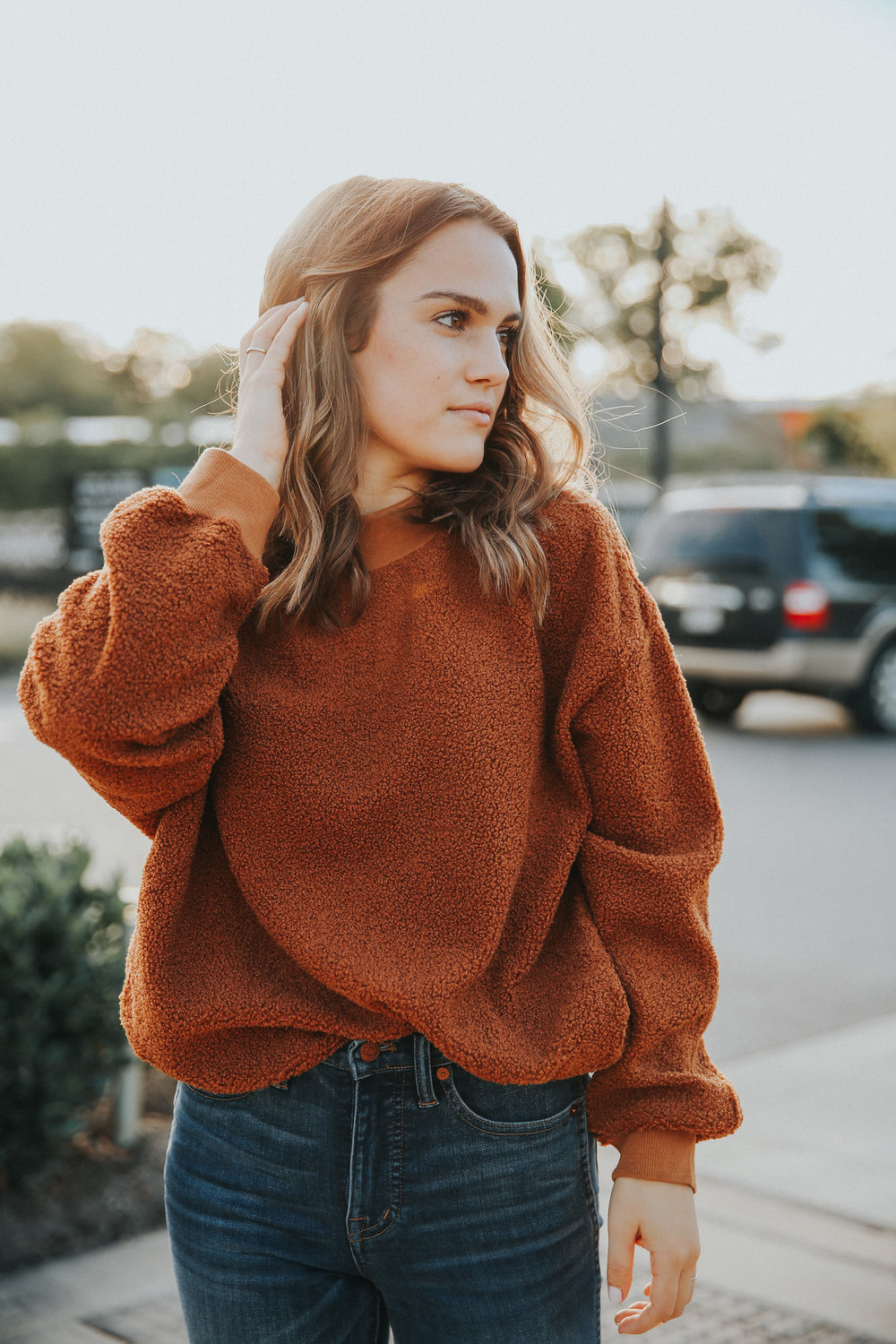 womens sweater nashville.jpg