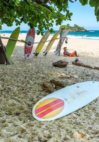 Playa-Cocles-surfing.jpg