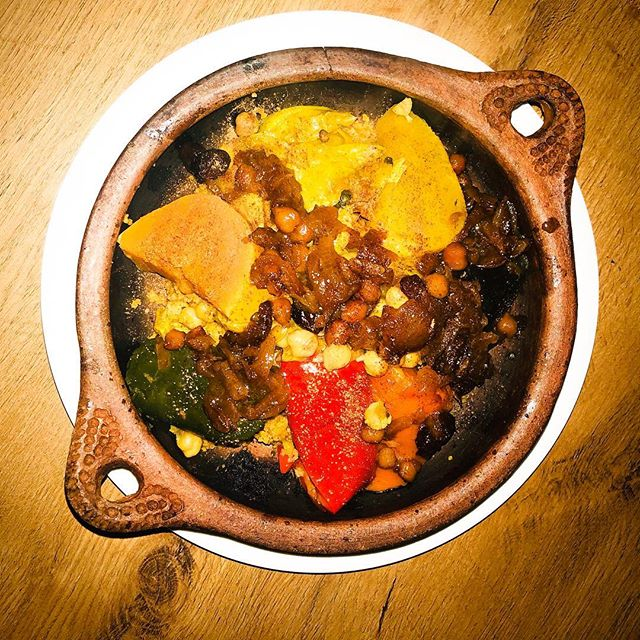 Couscous with lamb and vegetables 😍 . . . #couscous #vegetables #moroccanfood #mauresque #food #delicious😋 #healthyfood