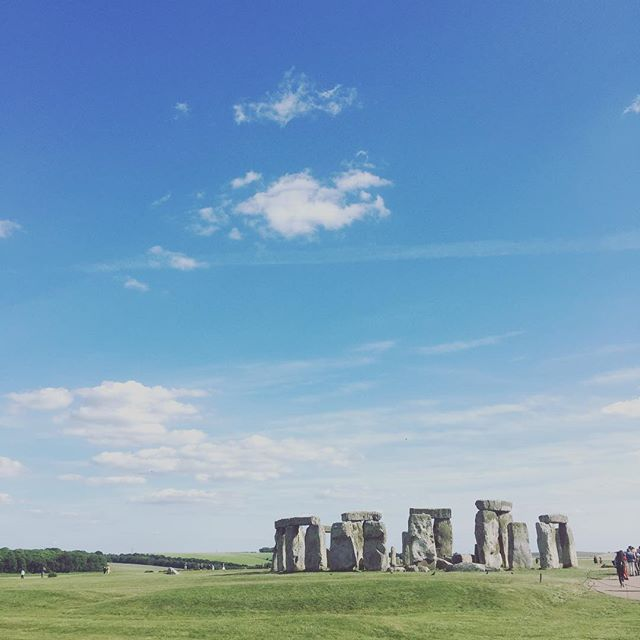A spontaneous detour has fulfilled a childhood dream - to be here on the Summer Solstice! What a beautiful experience shared with two beautiful people @naomijwright & @samdickson95 🌞🙏🏻