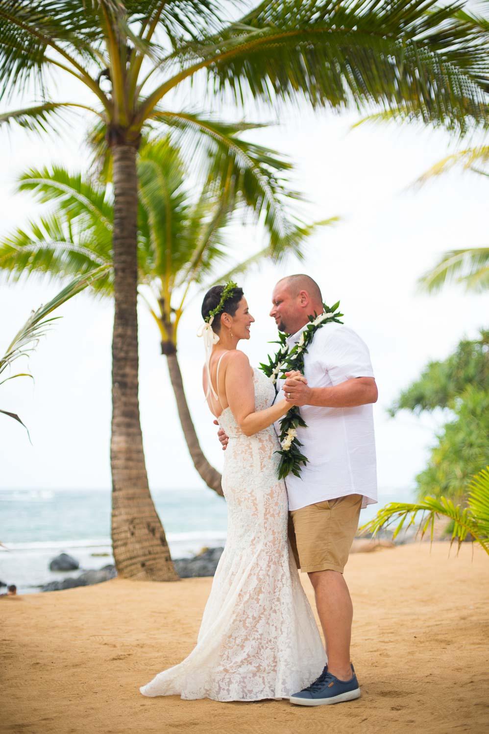 maui-wedding-photography-maui-wedding-venue-Tad-Craig-Photography-33.jpg