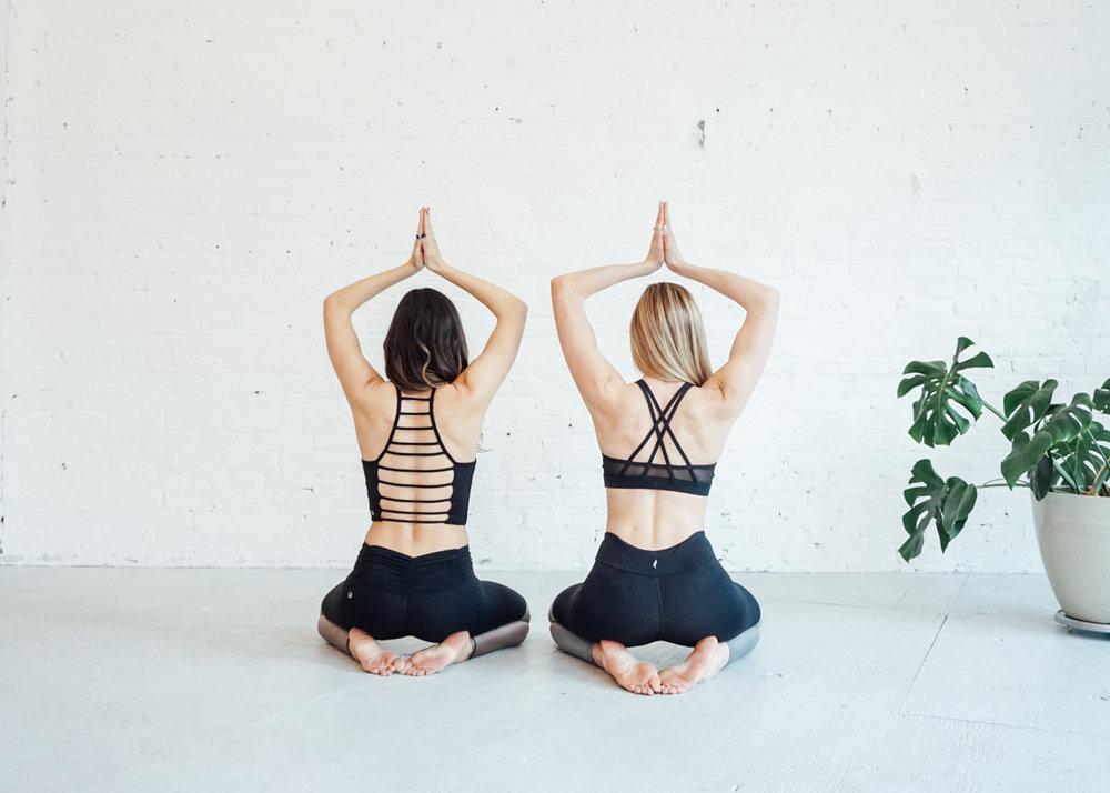 juja-active-partner-yoga-flow