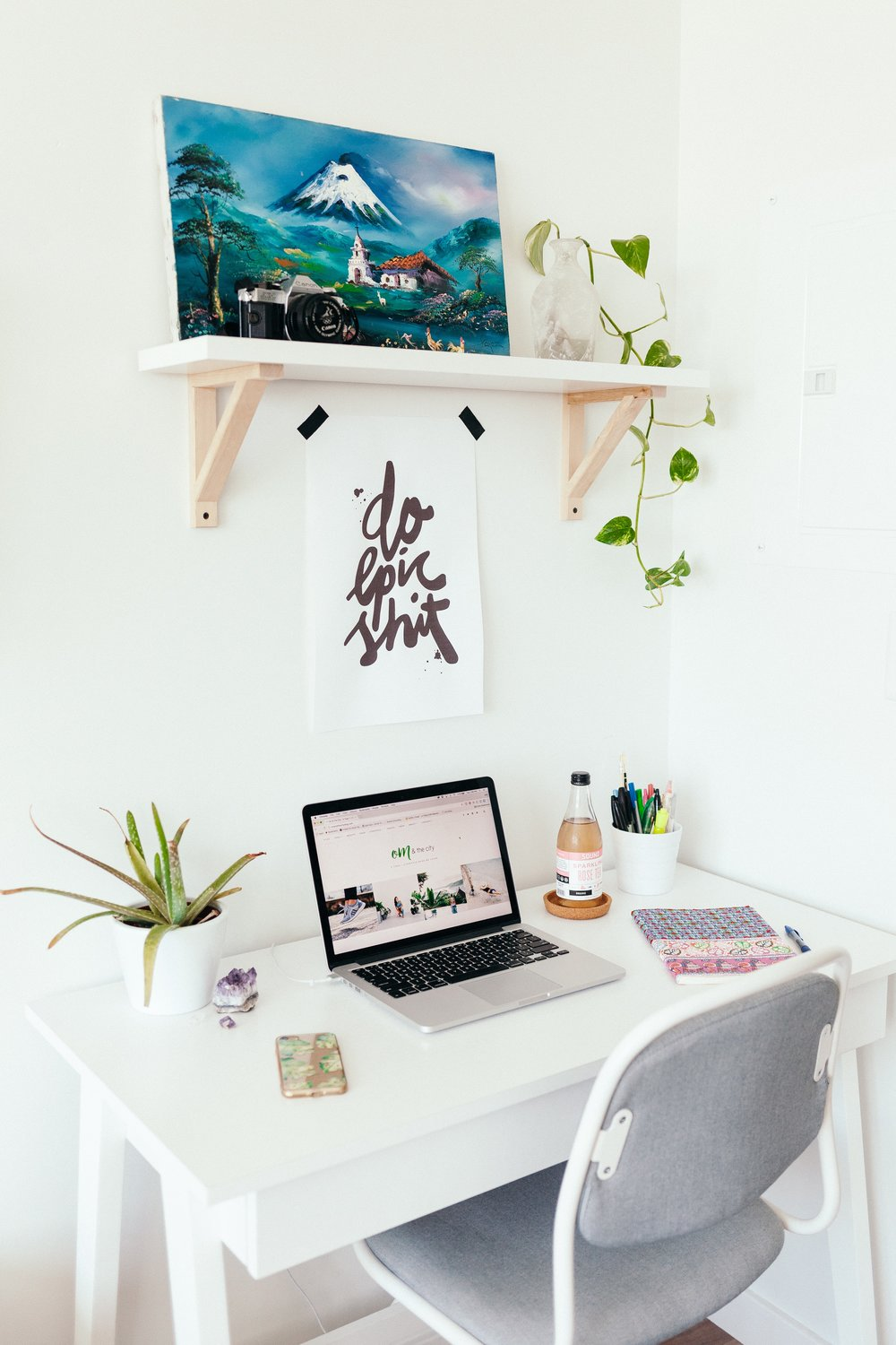 work from home space - de-clutter