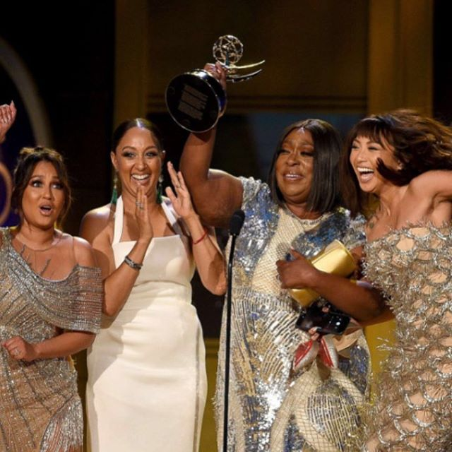 Felicidades to the team @therealdaytime for your @daytimeemmys for #besthost. • • • #womenintv #womenempowerment #daytimetv #woc #latinas