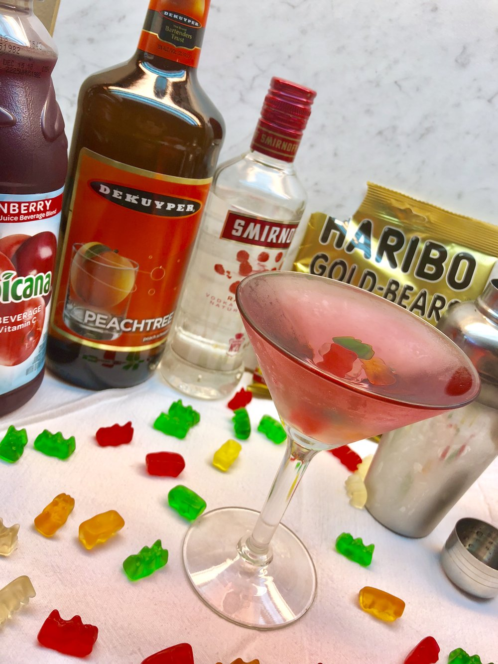 S01E15-EB-martini.jpg