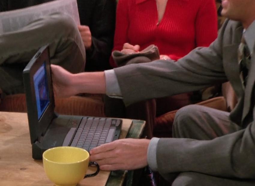 S02E08-laptop.png