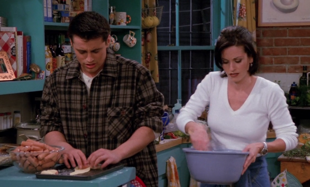 S02E11-pigs-in-blankets.png