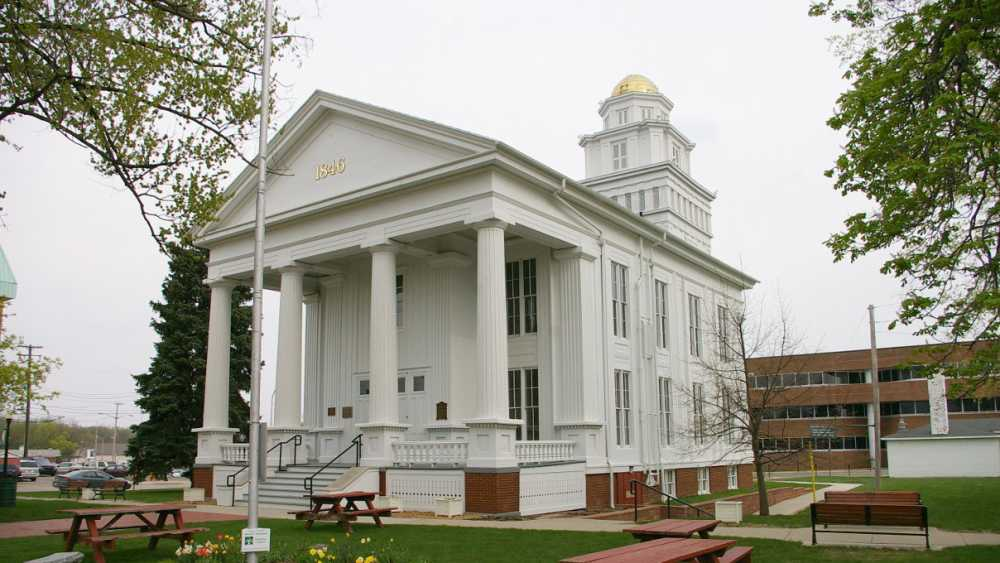 lapeer courthouse.jpg