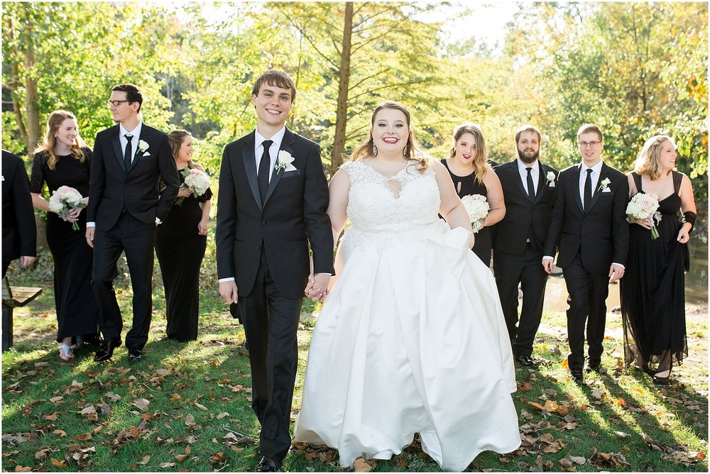 detroit-fairlane-club-fall-wedding_0024.jpg