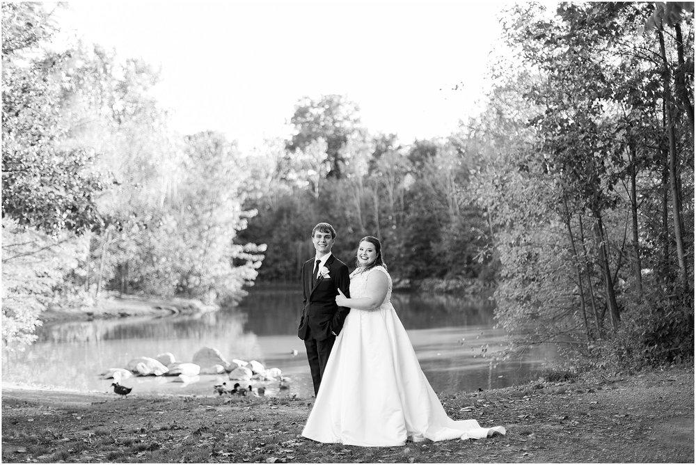 detroit-fairlane-club-fall-wedding_0033.jpg