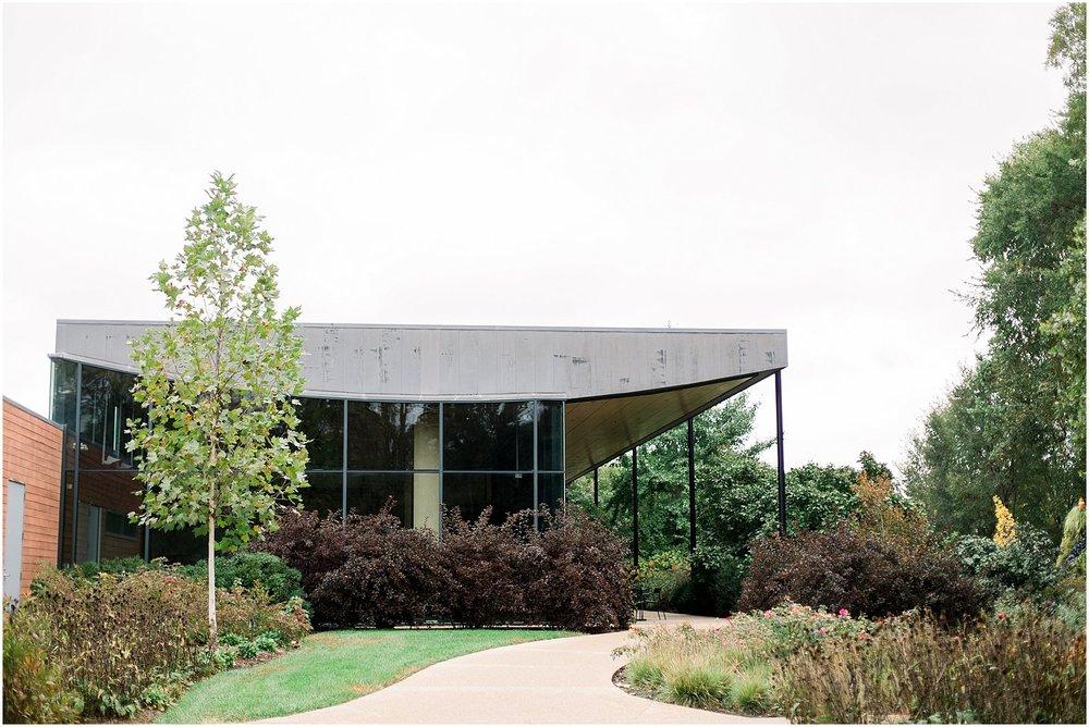 Morton-Arboretum-Wedding_0002.jpg
