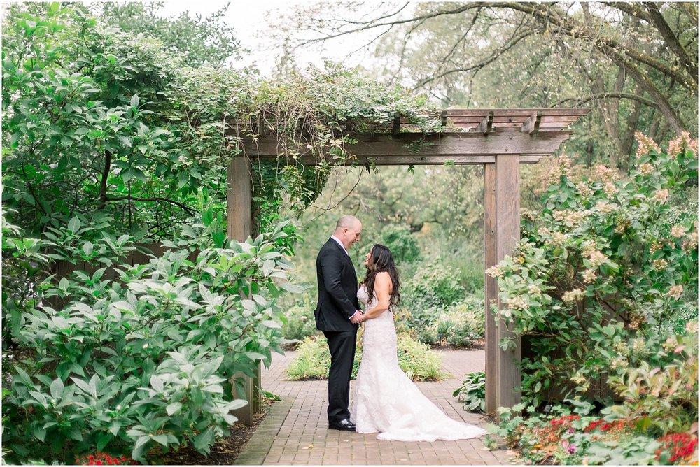 Morton-Arboretum-Wedding_0003.jpg