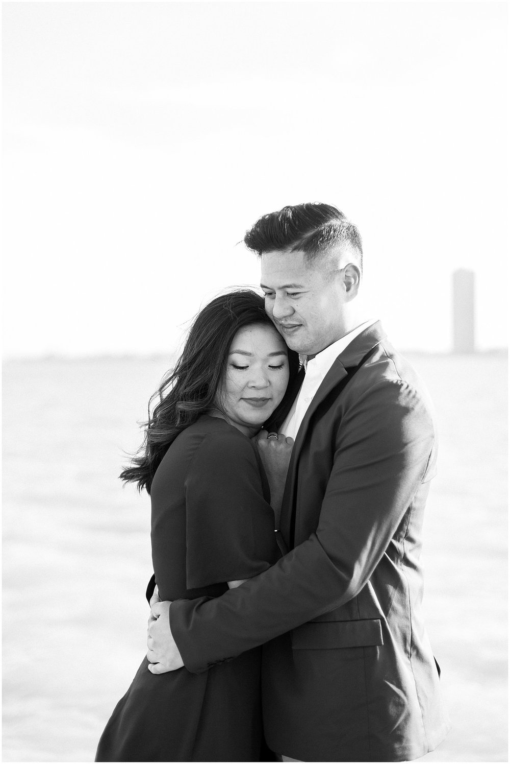 winter-downtown-engagement-session_0024.jpg