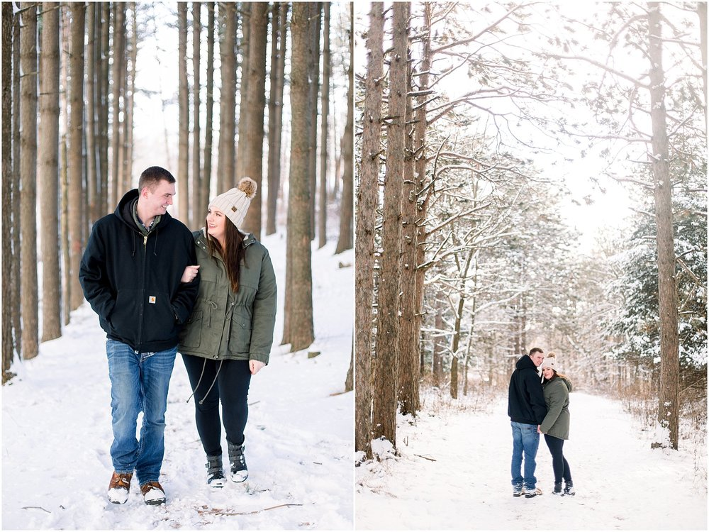 winter-downtown-engagement-session_0044.jpg