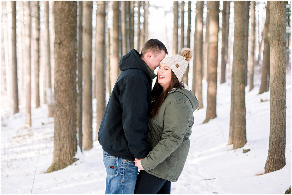 winter-downtown-engagement-session_0046.jpg