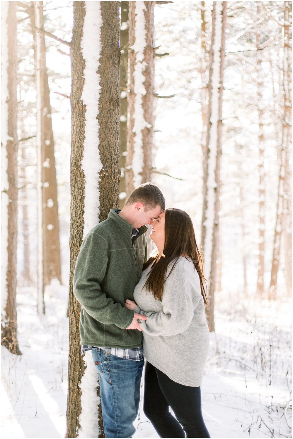 winter-downtown-engagement-session_0052.jpg