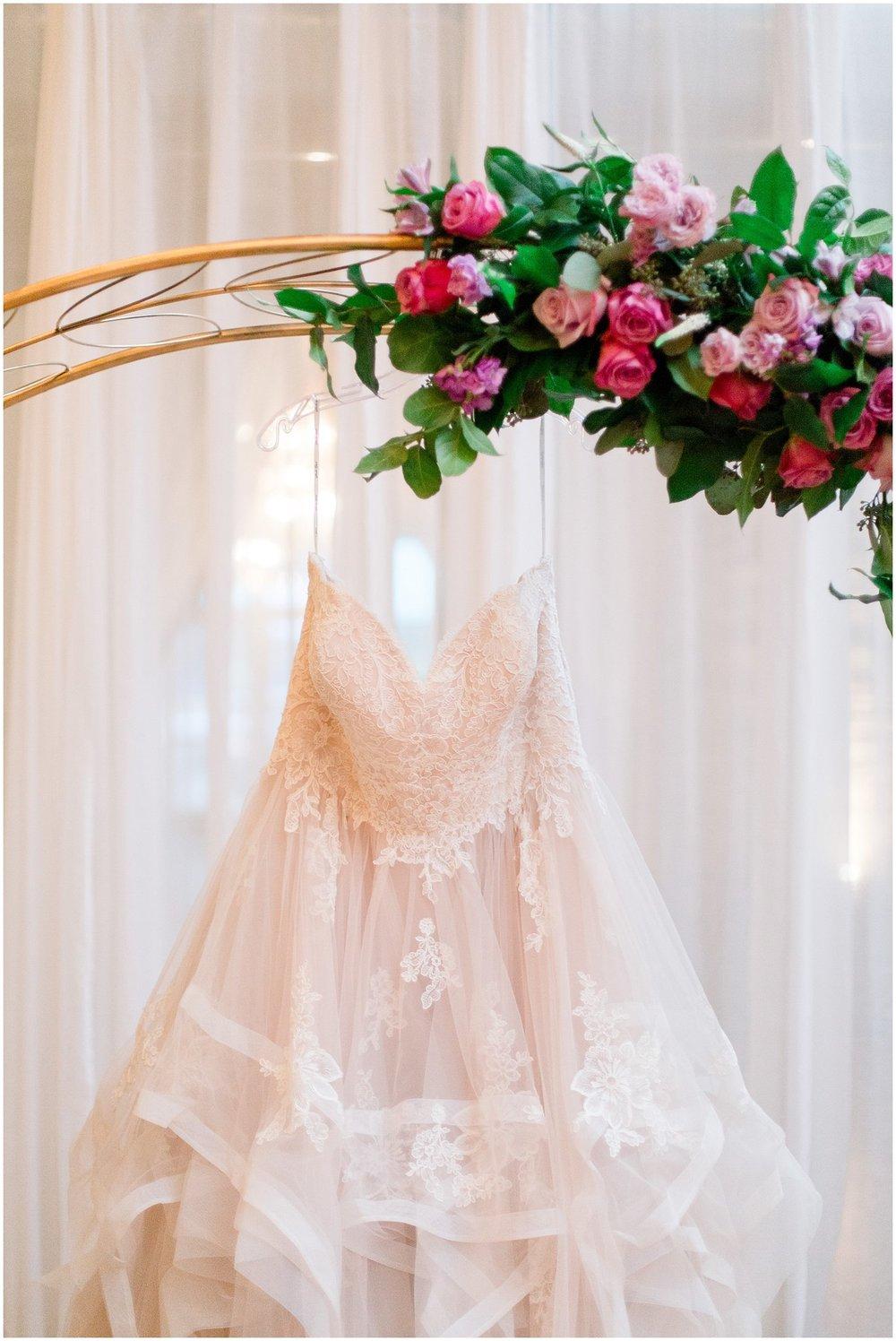 loft-on-lake-styled-wedding-shoot_0008.jpg