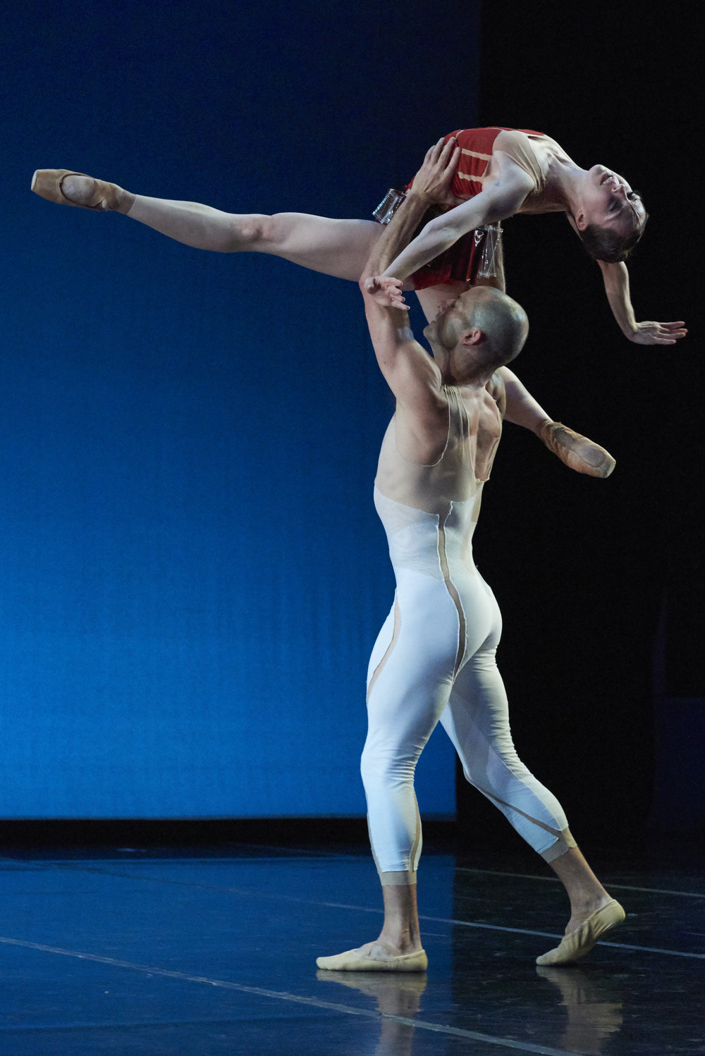 "2 Dana Benton and Brandon ""Private"" Freeman in ""Traveling Alone"" choreographed by Amy Seiwert Photo by David DeSilva.jpg"