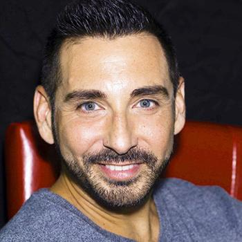 Ruben Navarro (Bar Manager | Kurtis)