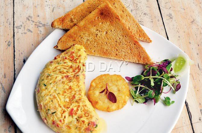 Egg white omlette. Pic/Datta Kumbhar