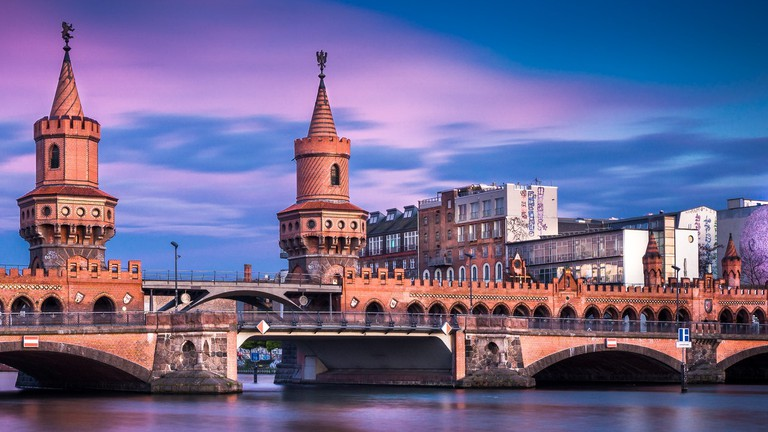Oberbaumbrücke Berlin at Sunset |  © Thomas / Flickr