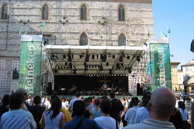 Umbria-jazz-fest-5aabeadbeb97de0036c1a582.jpg