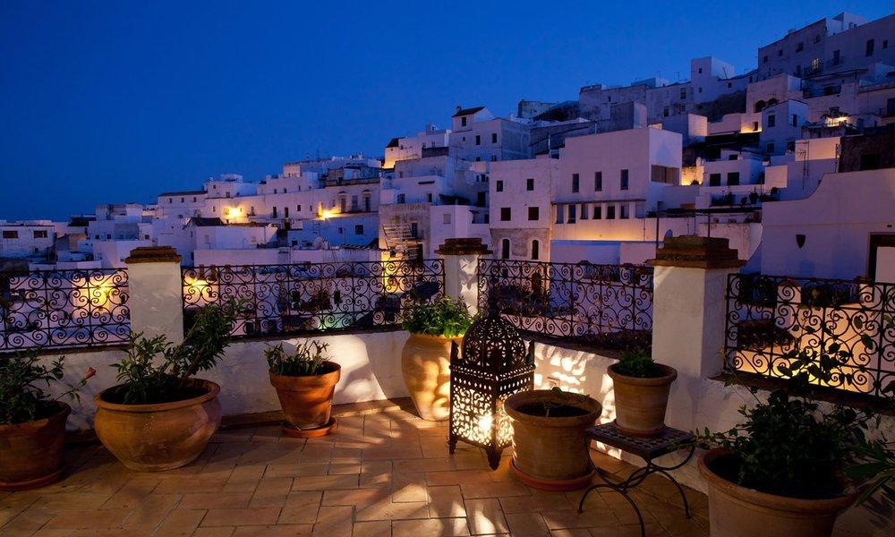 la-casa-del-califa-view-night.jpg