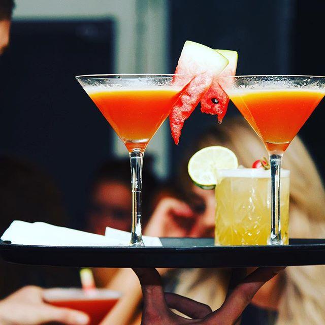 So fresh, fresh, exciting! 🍉  Weer of geen weer, @dependancegouda is paraat om de lekkerste cocktails te shaken! Wie zien we zo?  #shake #stirr #strain #cocktails #cocktailbar #bar #bartender #gouda #dependancegouda #mixology #bestbarintown