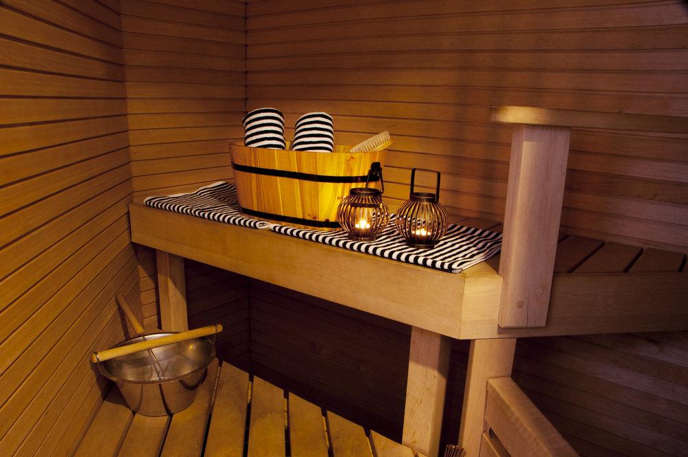 Junior_suite_sauna_HotelKatajanokka.jpg