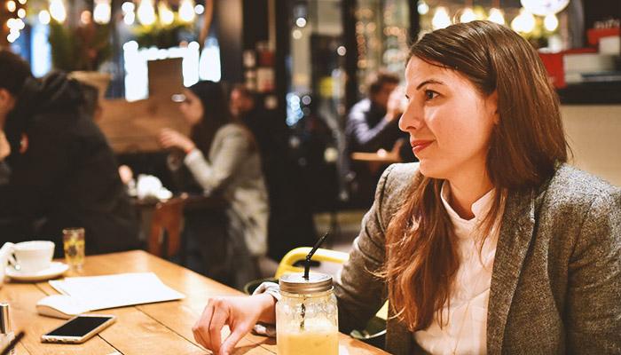 """Axelle N'Ciri-Elle s'est lancée ! Entrepreneuse dans le secteur médical, elle développe sa startup """"Map Patho"""" afin de lutter contre l'errance médicale post-diagnostic. - Son parfum Marcelle : Gemma Veneris"""