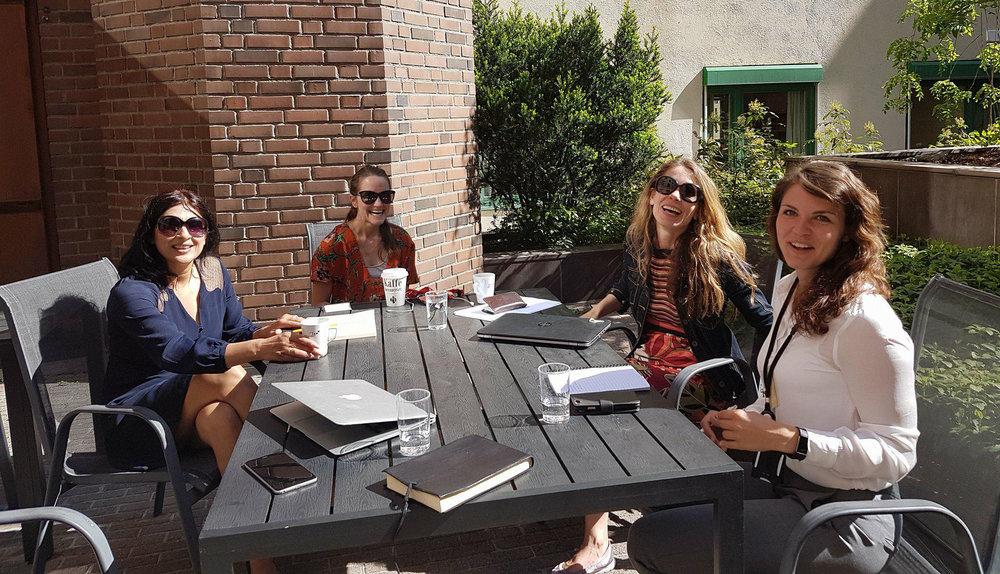 Arbeidsøkt med Siv Isabel Eide og Jeanett Sandmo fra Innovasjon Norge.