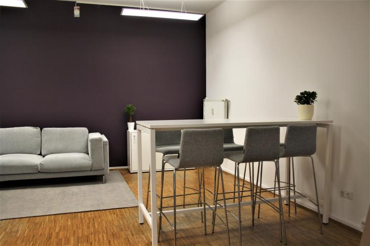 Büromöbel flexibel mieten mit Lendis @ Yilu 11.png