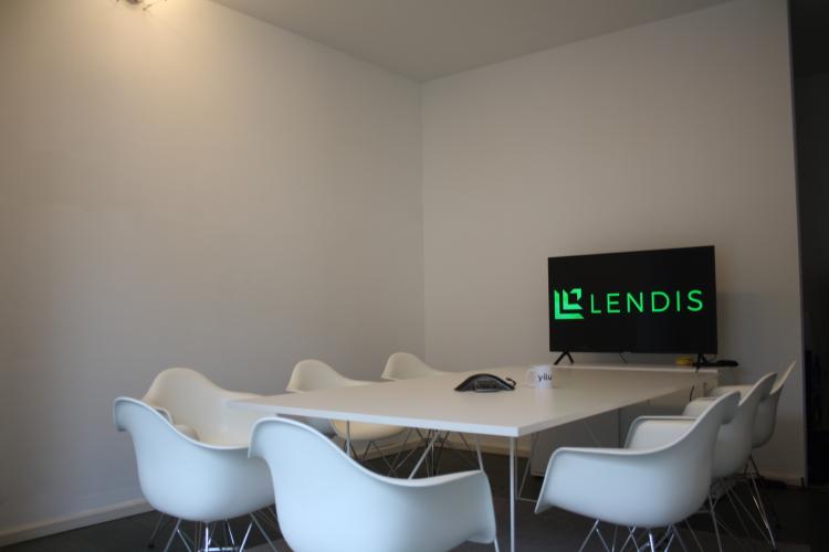 Büromöbel flexibel mieten mit Lendis @ Yilu 10.png