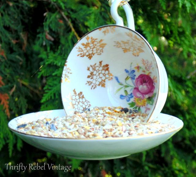 Welded Yard Art, Teacup Birdfeeders - Click and see...