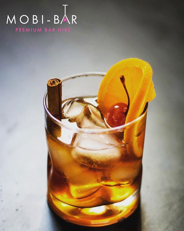 """Winter is coming""  Keep the cold out this winter with a classic Old Fashioned cocktail, kissed with a hint of maple.  1 Tbsp. maple syrup 1 splash of water 2 dashes Angostura Aromatic Bitters 1 dash ground cinnamon 2 oz. rye whiskey or bourbon 1 orange slice 1 cinnamon stick 1 maraschino cherry 🥃❄️🍊🔥🍒"