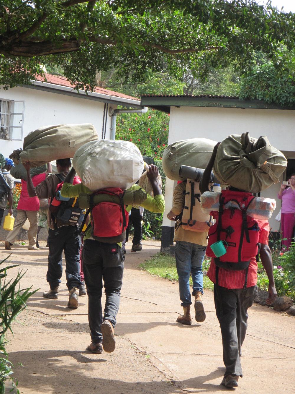 hike mount kilimanjaro porters